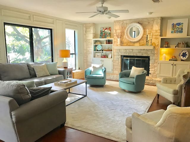 Home Close to Downtown ATX with a Pool!