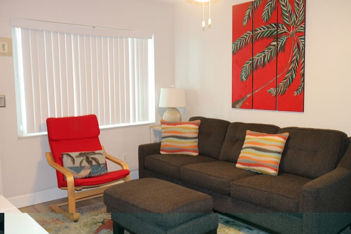 NEW LISTING! Tropic Breeze Unit #1