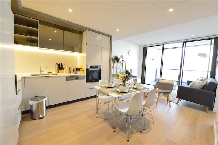 Sydney CITY CBD Luxury 2bed Darling Harbour ICC