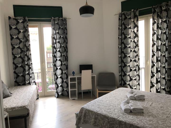 Cosmopolitan Palermo, Camera+bagno privato esterno