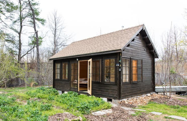Hidden Cabin Among the Orchard, 5 Minutes To Metro - Fairfax - Cabaña