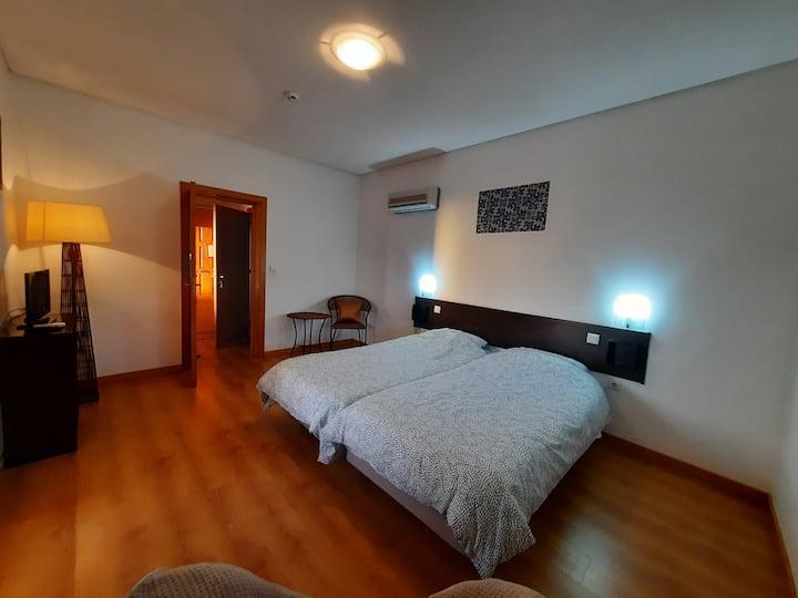 Centenária - Apartamento quadruplo 203