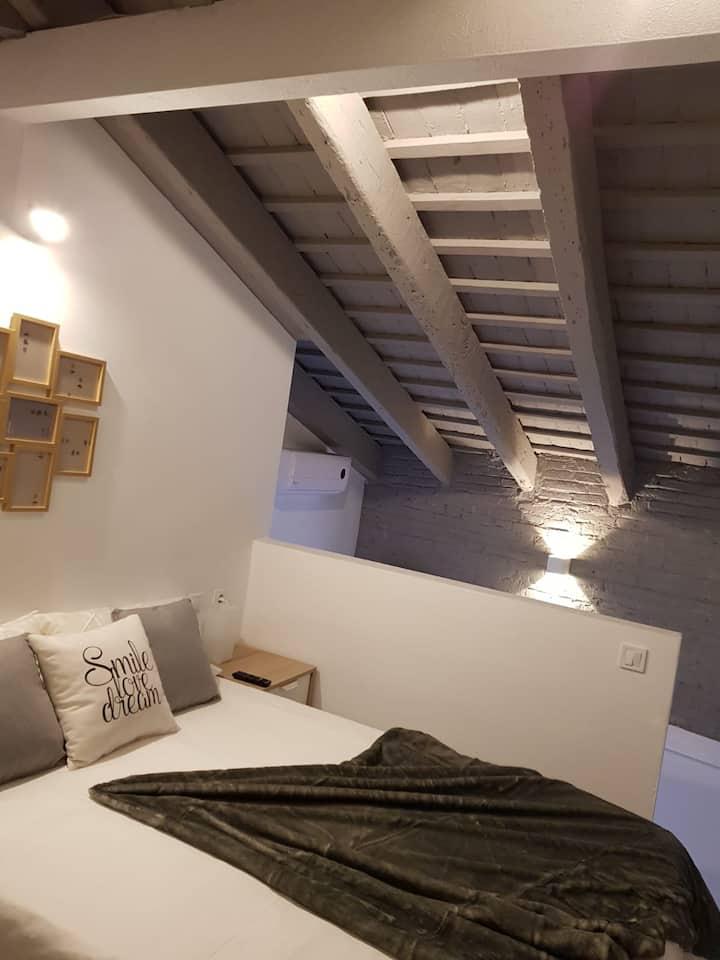 Bonito Alojamiento en Valencia - WIFI gratis (F5)