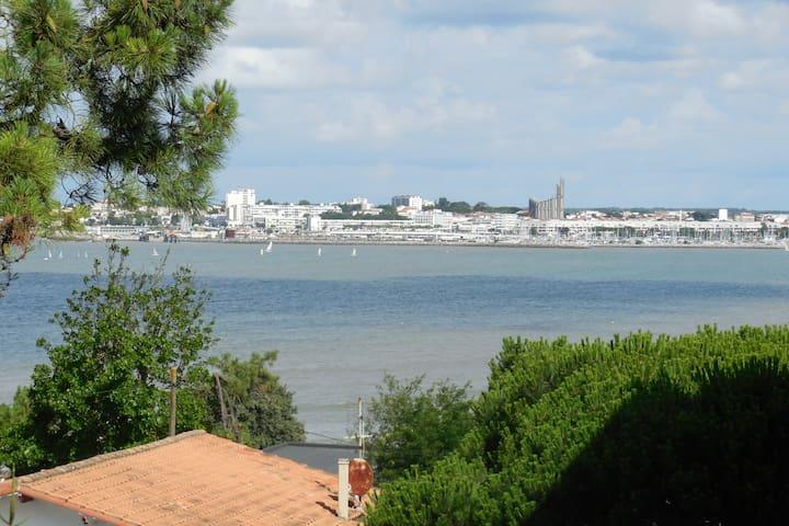 Agréable studio avec vue mer - Saint-Georges-de-Didonne - Appartement