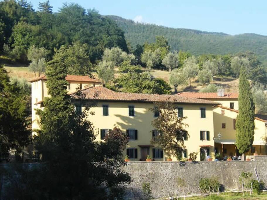 Villa Mario,front side