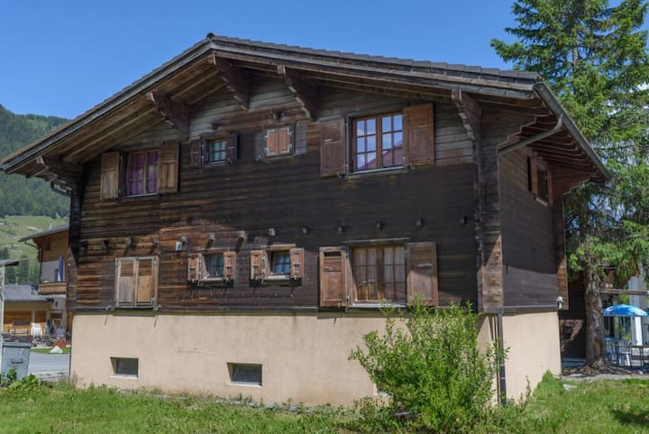 Cosy Chalet in Valais, 2 rooms, 1 private bathroom