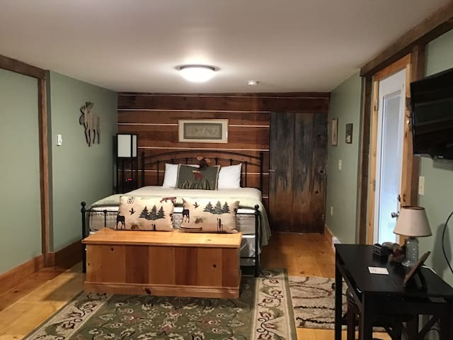 Moose Mansion - our only dog friendly room.