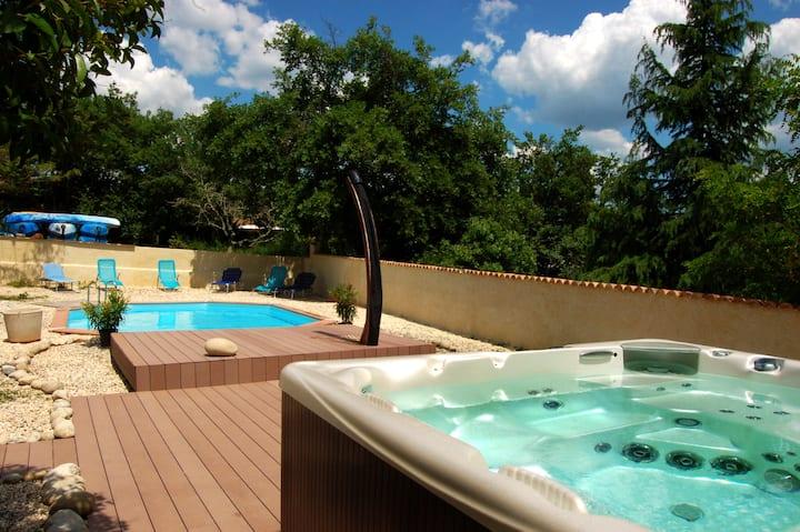 gites piscine chauffée et spa en Ardèche du sud