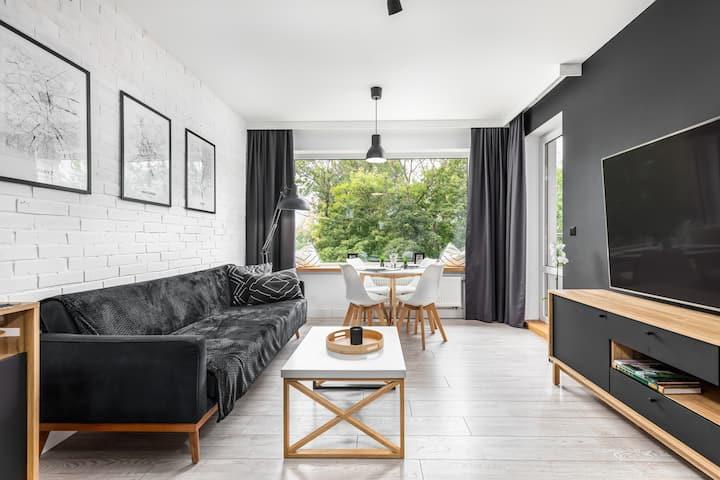 Modern Apartment Solny Brzeg with balcony