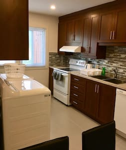 Beautiful apartment in Laval/ Suite 1629