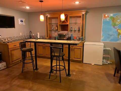 Best room in Wichita! Short or long term available
