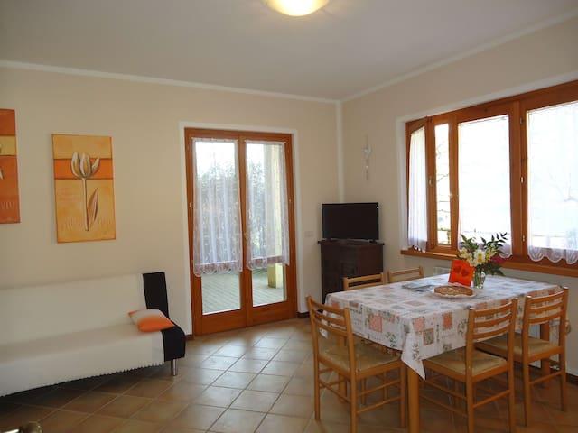 Casa Luisa, 4 Pers., Garten, ruhig, 10 min zum See - Lake Idro - Niezależne mieszkanie