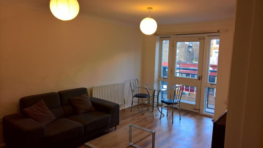 Large 1 bed flat in Islington