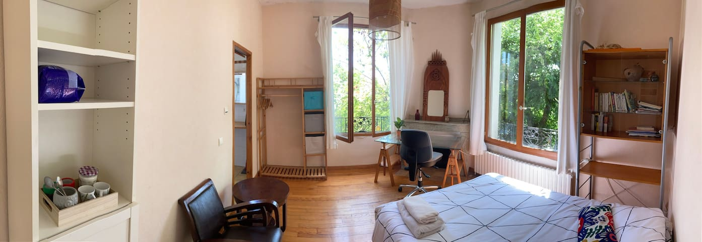 LA GRANDE AURORE - Room with breakfast and Yoga!!!
