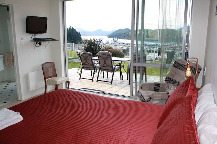 Harbour Heights BnB - Harbour View