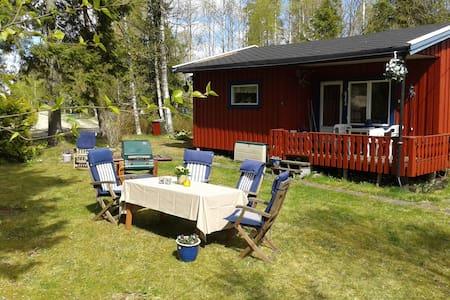 4.pers Norwegian style cabin, free Wifi, near Oslo - Hemnes - Sommerhus/hytte