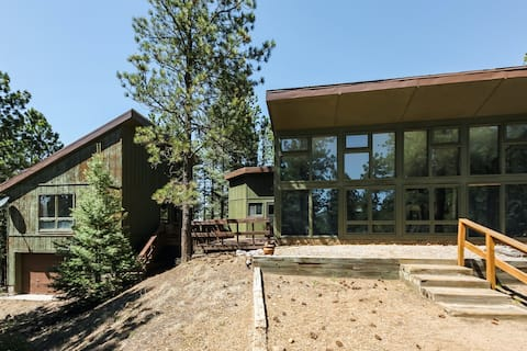 Eclectic home w/ a guest studio, wood-burning fireplace, & more!