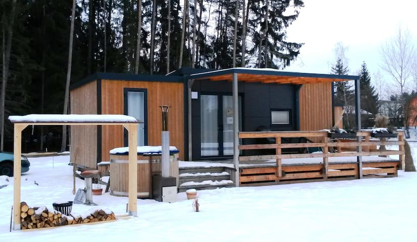 Mobile Home at the Murner Lake - Hot Tub included - Wackersdorf - Byt