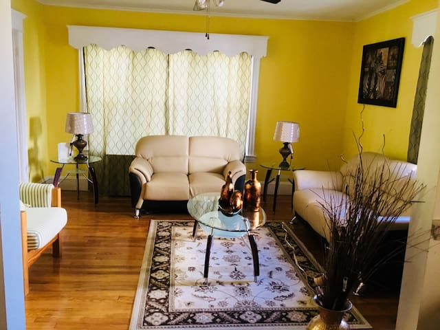 Clean Private Room In Springfield MA