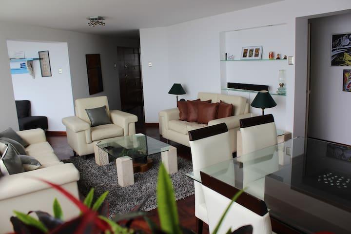 Living room(morning)