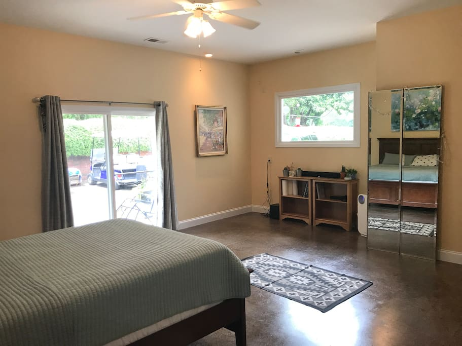 Bedroom - queen Tempurpedic with large walk in closet, outside exit