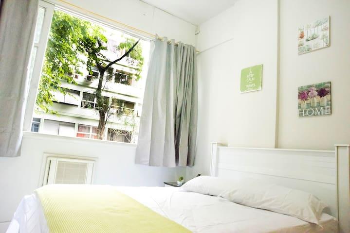 Lindo apartamento em Copacabana bem localizado