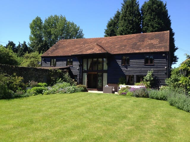 Court Lodge Barn - Westerham - Casa