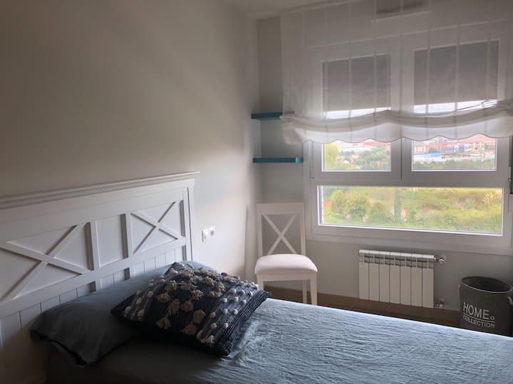 Habitación luminosa en zona Residencial