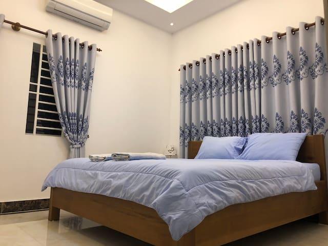 Mini apartment on the calm ChroyChangva Peninsular
