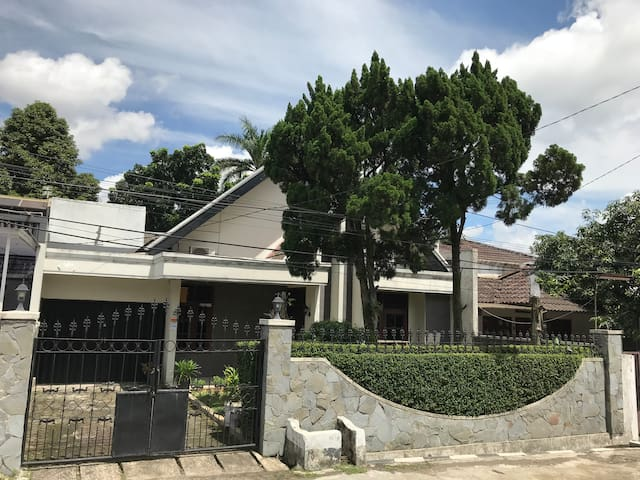 Rumah Sukajaya, Tajur - Bogor