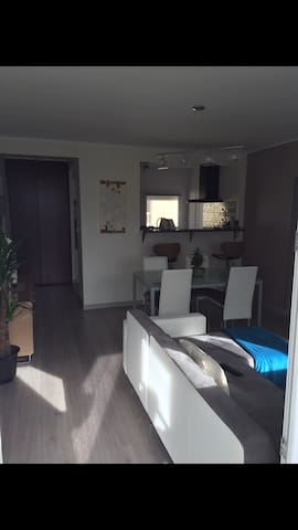 Appartement centre ville - Marignane - Flat
