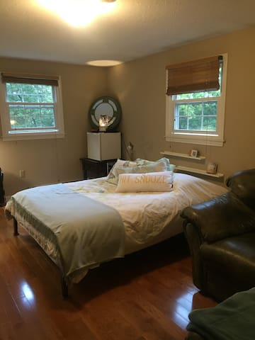 Guest Room - Haverhill