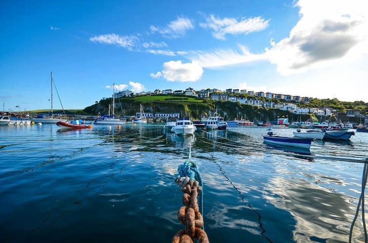 B&B with stunning views of fishing village & coast - Mevagissey - Hus