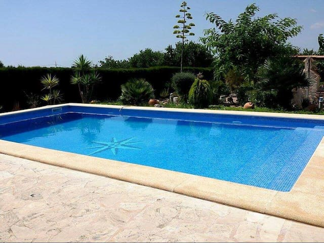 Cottage with large swimming pool and barbeque - Sant Llorenç des Cardassar - Rumah
