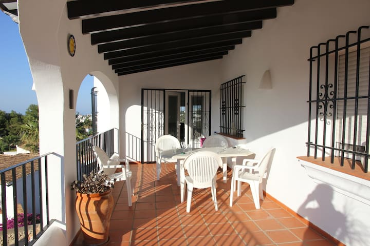 Casa Milton, Monte Pego, Sleeps 8, Private Pool - Monte Pego - Casa de campo