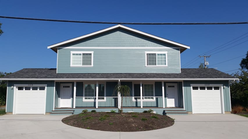 Brand New Townhouse Near Ocean, Downtown Anacortes
