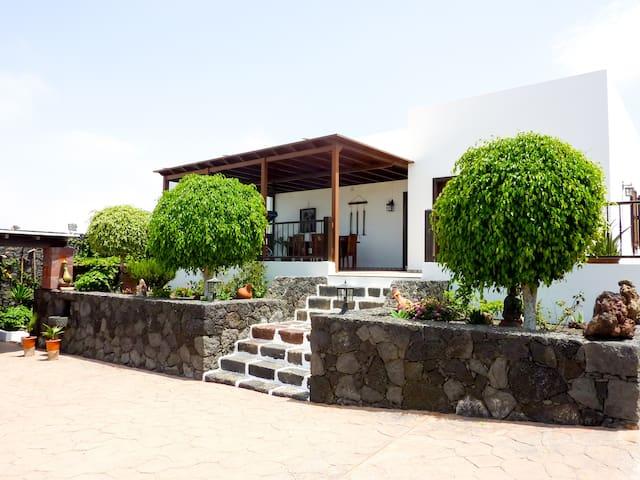 Relaxing Holiday Home Minuky - Costa Teguise - Huoneisto