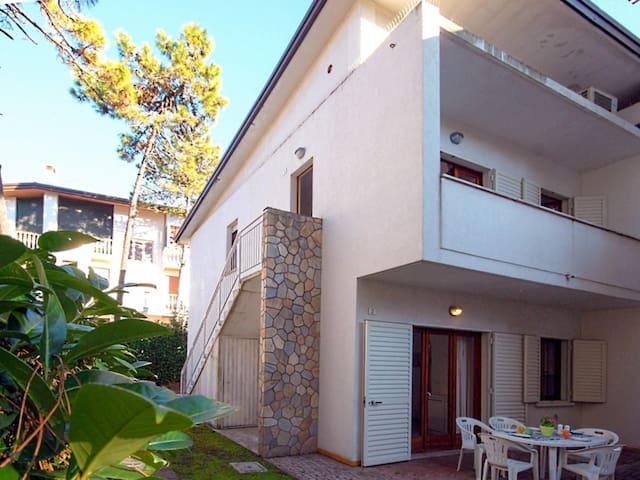 Villa Sirena (LIG646)