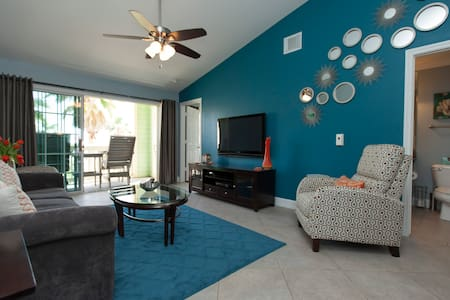 Luxurious Condo w/Amazing Beach & Pool View, - Galveston