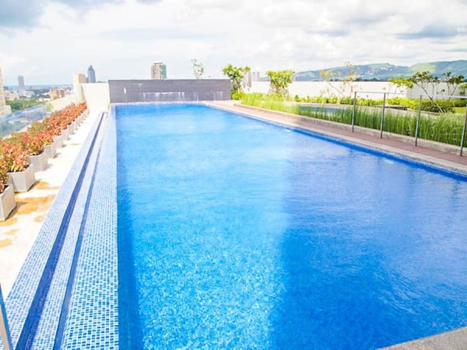 20 meter infinity swimming pool