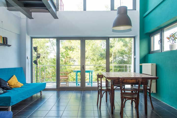 Modern Alternative Loft with Exceptional View