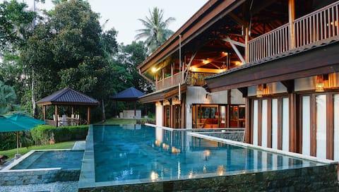 Lyxig och privat semestervilla