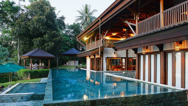 Luxurious and private holiday villa