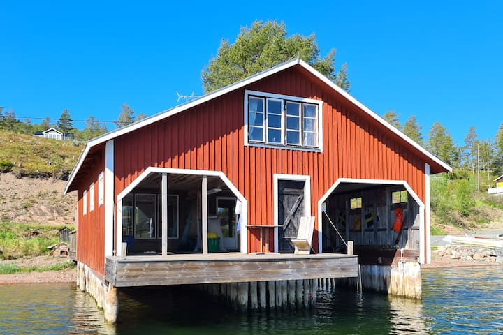 Ivans Sjöbod på Västerlandet i Norrfällsviken