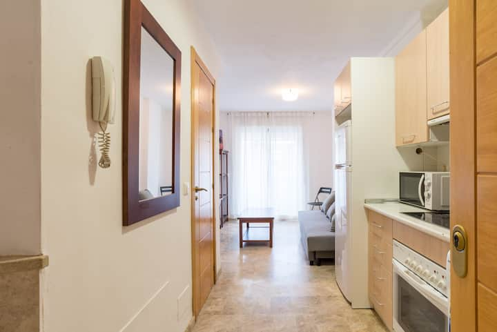 "Cozy Apartment close to Puerto Marina ""VERA"""