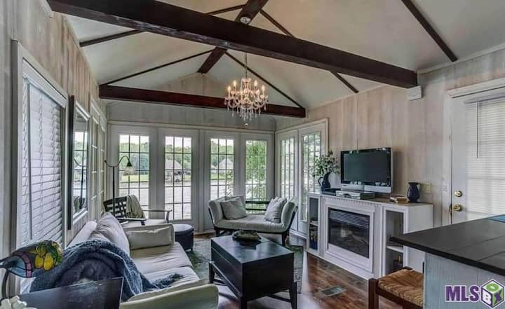 Southern Comfort Cottage
