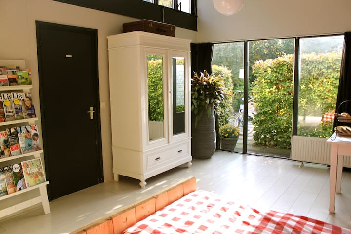 Ruime, sfeervolle Bed & Breakfast - Zuidlaren - Bed & Breakfast
