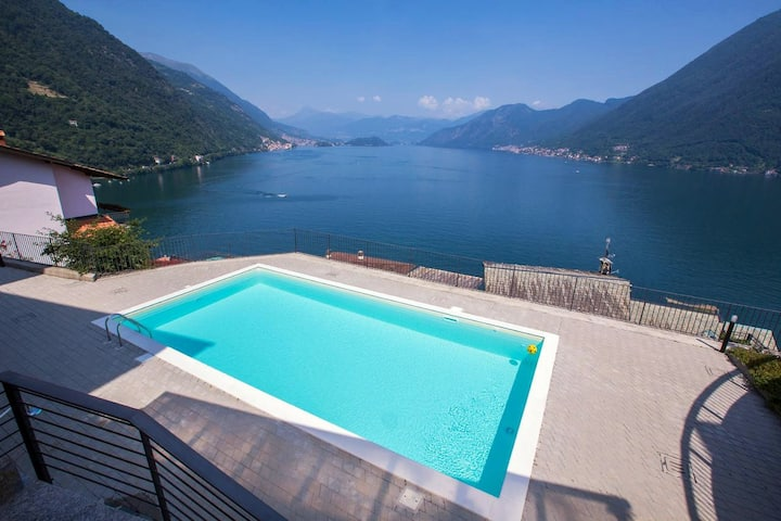 Stunning 2BR Apartment on Lake Como (Pool Luxury)