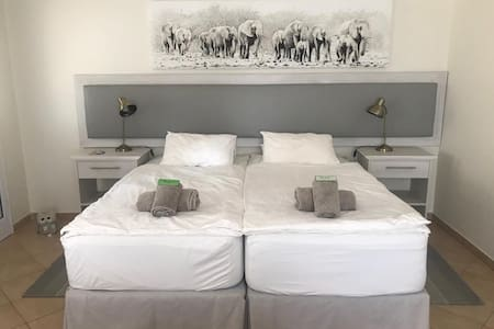 Lovely spacious double room at House Vogelsang