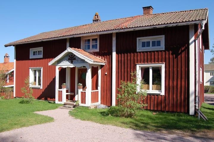 Hemtrevlig stuga nära Siljan i Leksand.